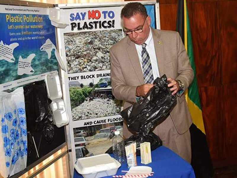 Jamaica to ditch single use bags, plastic straws and Styrofoam in 2019